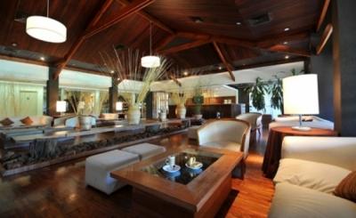 Esturión Hotel & Lodge